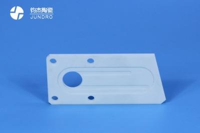 氧化铝陶瓷为何要加入添加剂