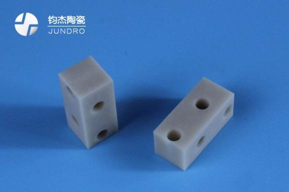 氮化铝陶瓷结构件