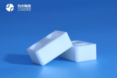 氧化锆陶瓷注射成型工艺简介